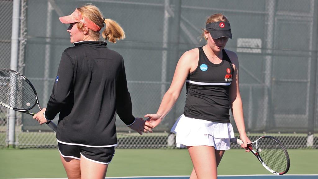 Thell Lenntorp Twins of ART U Women's Tennis Team